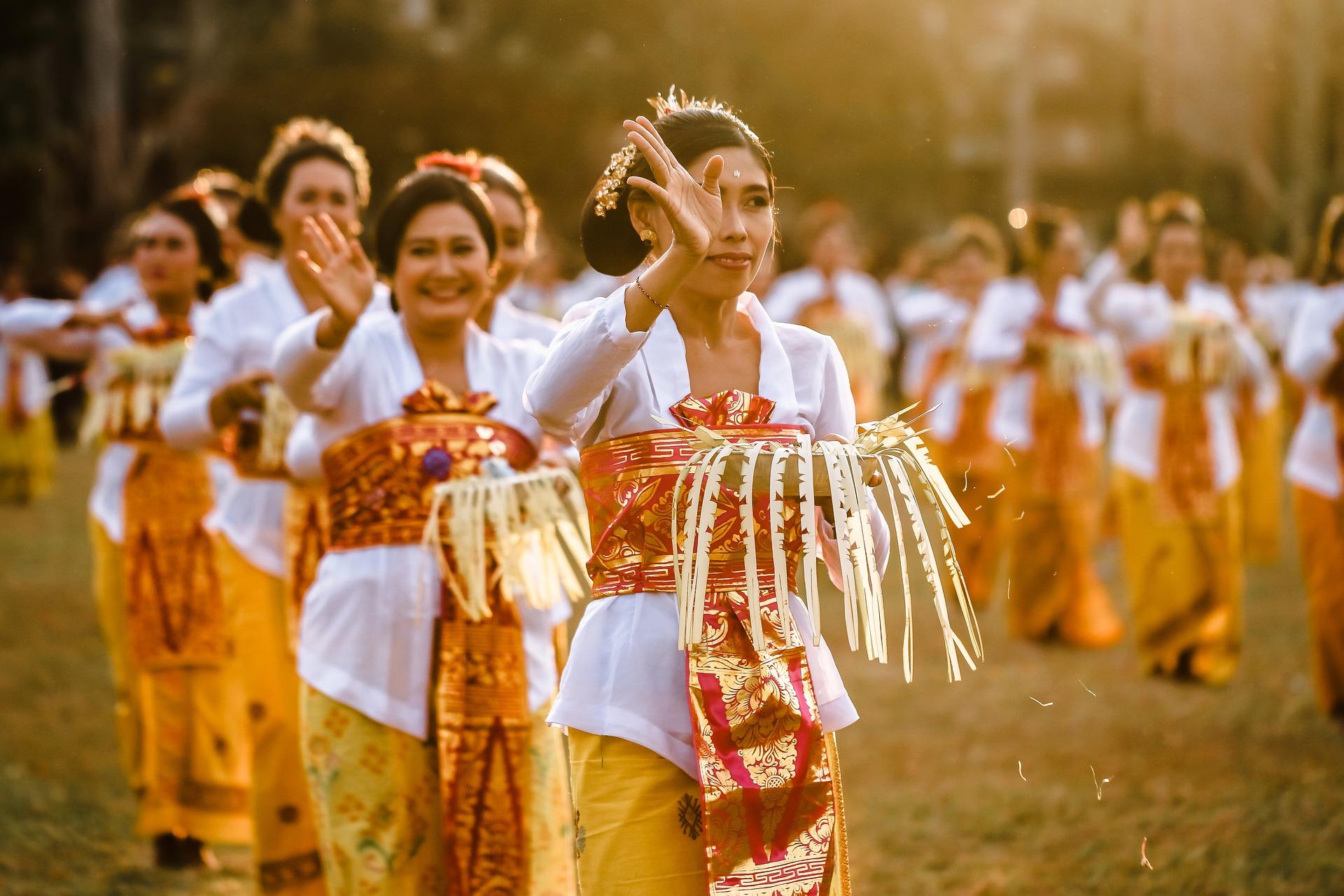 women-performing-cultural-dance